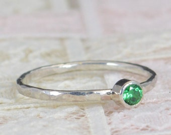 Emerald Engagement Ring, Sterling Silver, Emerald Wedding Ring Set, Rustic Wedding Ring Set, May Birthstone, Sterling Silver Emerald Ring