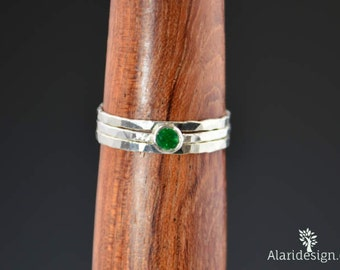 Dainty Natural Emerald Ring, Hammered Silver, Stackable Rings, Mother's Ring, May Birthstone, Skinny Ring, May Birthday Ring