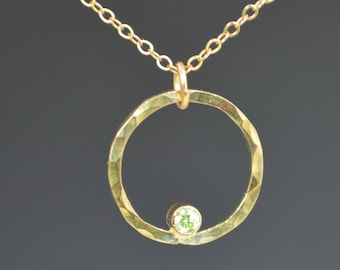 Solid 14k Gold Peridot Necklace, Mothers Necklace, Mom Necklace, August Birthstone Necklace, Peridot Necklace, Mother's Necklace, Peridot