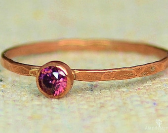 Dainty Copper  Alexandrite Ring, Hammered Copper, Stackable Rings, Mother's Ring,  June Birthstone Ring, Copper Jewelry, June Birthday Ring