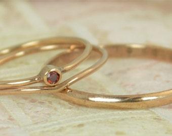 Tiny Garnet Wedding Ring Set, Natural Garnet, Garnet Ring, 14K Solid Rose Gold, Rose Gold Ring, Solid Rose Gold, January Birthstone, Alari