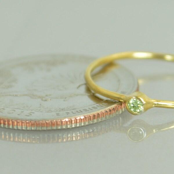 Tiny Peridot Ring Peridot Stacking Ring Solid 14k Gold image 2