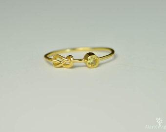 14k Gold Topaz Infinity Ring, 14k Gold Ring, Stackable Rings, Mother's Ring, November Birthstone Ring, Gold Infinity Ring, Gold Knot Ring