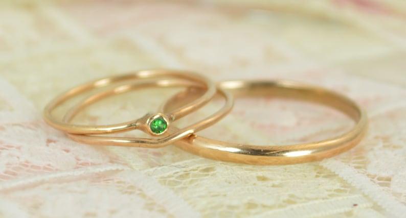Tiny Emerald Ring Set Solid 14k Rose Gold Wedding Set image 0