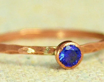 Dainty Copper Sapphire Ring, Hammered Copper,  Sapphire Mother's Ring, September Birthstone Ring, Copper Jewelry, Sapphire Ring, Copper Ring