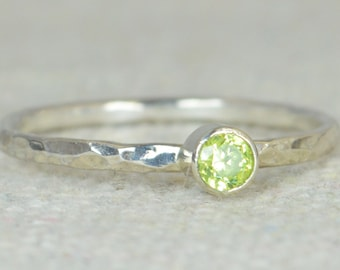 Dainty Peridot Ring, Hammered Silver, Stackable Rings, Mother's Ring, August Birthstone Ring, Skinny Ring, Birthday Ring