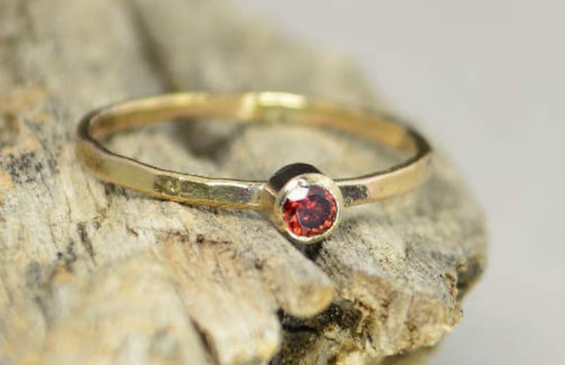 Solid 14k Gold Classic Garnet RingGold Solitaire Solitaire image 0