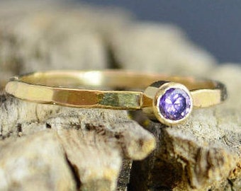 Classic Solid 14k Gold Amethyst Ring, Gold Solitaire, Solitaire Ring, Real Gold, February Birthstone, Mother RIng, Solid Gold Band, Gold
