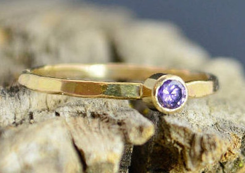 Classic Solid 14k Gold Amethyst Ring Gold Solitaire image 0