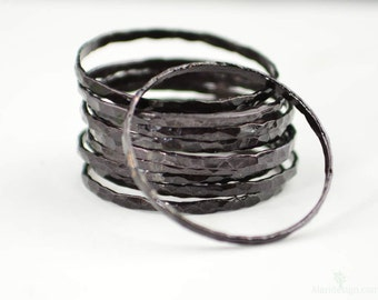 Super Thin Black Copper Stackable Ring(s), Black Ring, Skinny Ring, Copper Band, Black Copper Ring, Hammered Copper Ring, Arthritis Ring