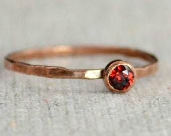 Dainty Copper Garnet Ring, Copper Ring, Garnet Mothers Ring, January Birthstone Ring, Stacking Copper Ring, Copper Band