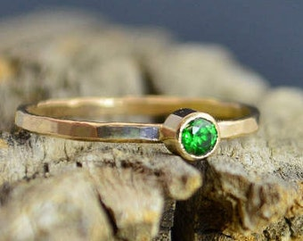 Classic Solid 14k Gold Emerald Ring, 3mm Gold Solitaire, Solitaire Ring, Solid Gold, May Birthstone, Mothers RIng, Solid Gold Band, Gold