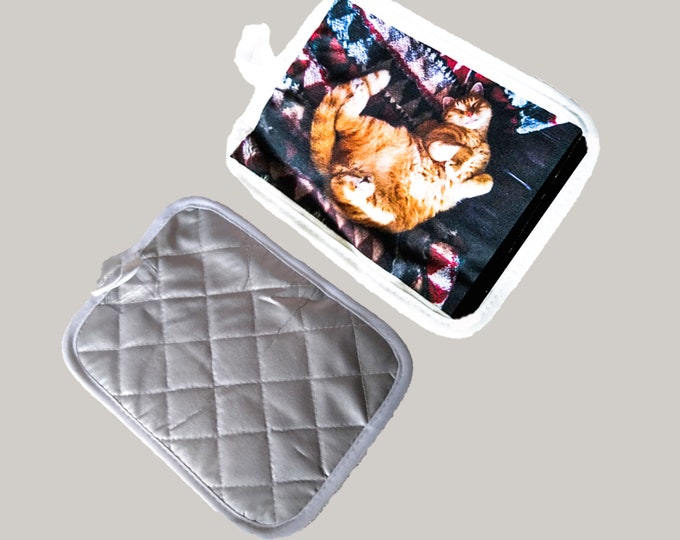 """Pot Holder - Kitchen - 9""""x 7.5"""" Quilted w/ Silver Heat Resistant Back"""