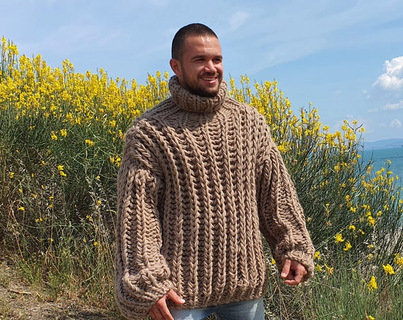 3 kg. Oversized Wool Sweater, Thick Hand Knitted Jumper, Cream Fisherman rib Sweater T785M