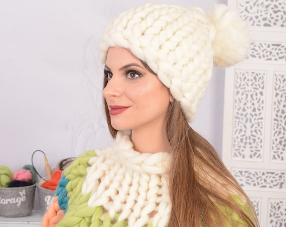 Ready to ship Chunky wool beanie women Thick knit white hat Merino wool hat with pom pom T726