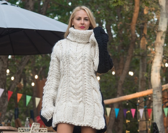 Ready to ship in size XL, Chunky Knit Sweater , Hand Knitted Jumper,  Sustainable Knitwear, Cable Knit Jumper, Women Knitwear T818W