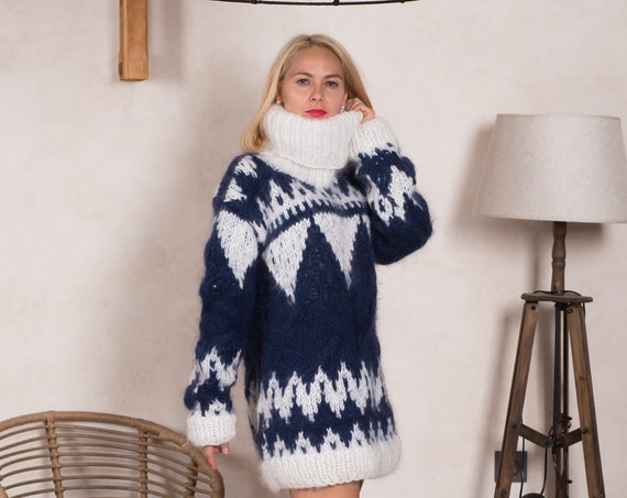 Blue Mohair Sweater with Icelandic pattern and cables  T836W