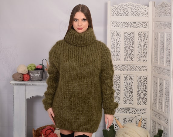 Olive GREEN Mohair Sweater, Chunky Turtleneck, Hand Knit wosweater, knitted mohair pull T697AW
