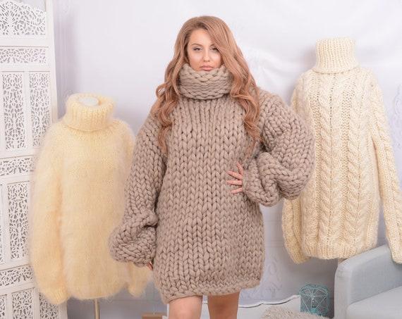 2 kg Beige  Merino Wool Sweater , Huge Super Chunky Knit Woolen Pullover, Marshmallow sweater, Giant knit sweater T751