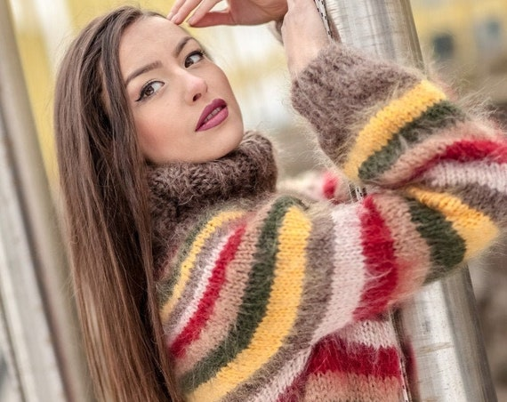 Ready to ship sweater in size M, Striped Sweater, Turtleneck Sweater, Knitted Sweater, Plus Size Mohair Sweater, Chunky Knit Sweater T415