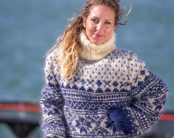 Norway Pattern Sweater knitted in mohair T529