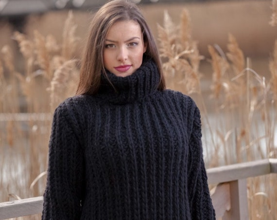 Black Wool Sweater T440