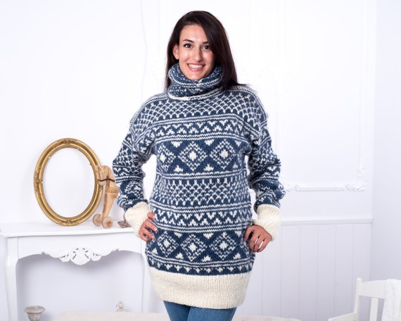 Norwegian style Sweater - Handmade with 100% Pure Soft Wool, Fair Isle sweater T821W