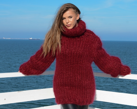 12 strands Huge Turtleneck Mohair Sweater, Chunky Knit Unisex Pullover, Red Fluffy Sweater T672