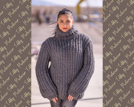 Wool Sweater, Hand Knit Pullover, Chunky Sweater, Turtleneck Sweater, Men Sweater, Oversized sweater, Woolen Sweater, Loose Sweater T510