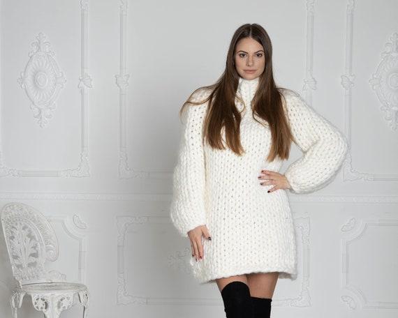 2.5 kg Cream Merino Wool Sweater , Huge Super Chunky Knit Woolen Pullover, Marshmallow sweater, Giant knit sweater, Huge Sweater T620W