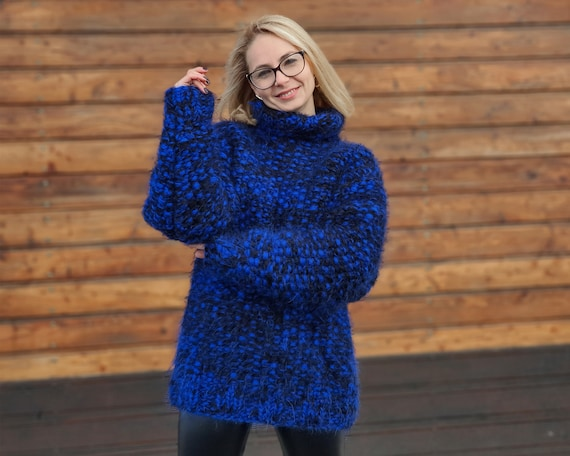 Blue chunky mohair sweater, 8 strands Thick mohair sweater, Cosy hairy jumper T952
