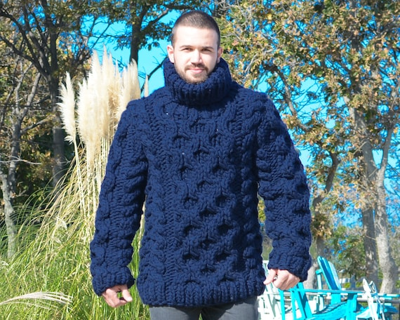 Knit Chunky Men Sweater,  Blue jumper soft texture , oversize cable knit pullover T658M