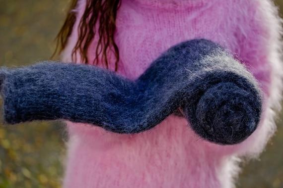 Gray Mohair Scarf, Fluffy Shawl, Hand Knitted Scarf, Long Wrap, Fetish Scarf, Winter Shawl, Chunky Scarf, Huge Shrug, Fuzzy Neckscarf T178b