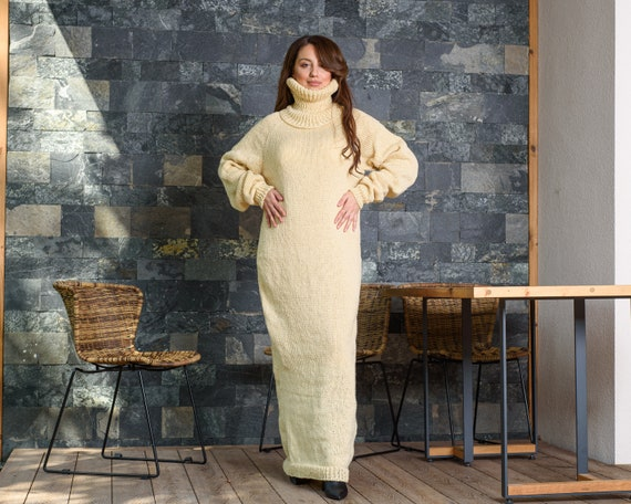 Ready to Ship dress  in size 6XL, Itchy wool sweater dress, Cream Hand knitted Maxi Dress, 100 % Wool Robe T890