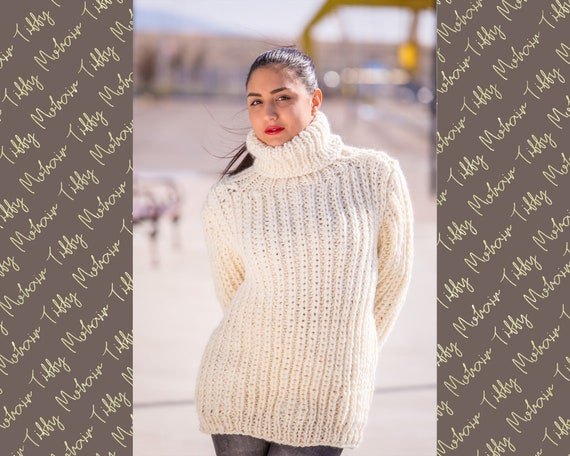 Thick Ribbed Hand Knit 100% WOOL Turtleneck Sweater Cream Fuzzy Jumper Jersey T506