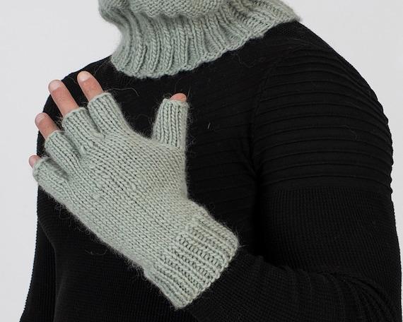 Hand Knit Wool Gloves, Woolen Fetish Mittens, Knitted Fingerless Gloves , Itchy Mittens, Handmade Mittens, Wool Winter Mittens T1008