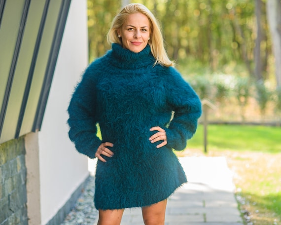 Ready to ship  sweater in size 2XL ,Fluffy Sweater knitted with Long Haired Alpaca and extrafine Merino wool,  No Mohair pullover T869