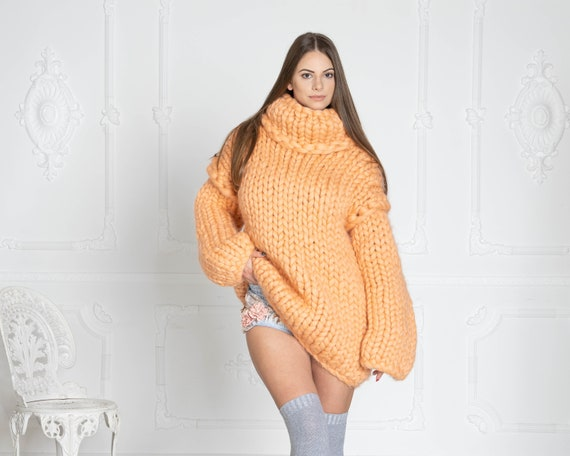 Thick KNIT SWEATER, Cables bulky sweater, Woman Giant knit sweater, Women Wool Sweater, super chunky sweater, Merino chunky sweater T622W