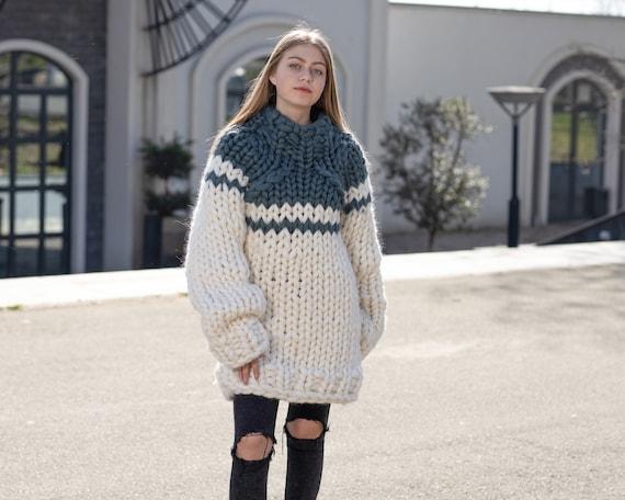 Merino Wool Sweater , Huge Super Chunky Knit Woolen Pullover, Marshmallow sweater, Giant knit sweater, Huge Sweater T1040