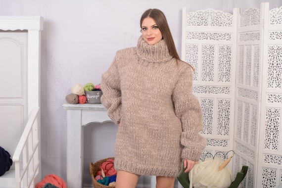 Chunky Mohair and wool mix Sweater, Thick knit Sweater in beige , Turtleneck Jumper T704W