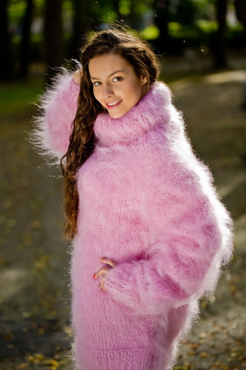 64068f09bc87 Pink Mohair Sweater