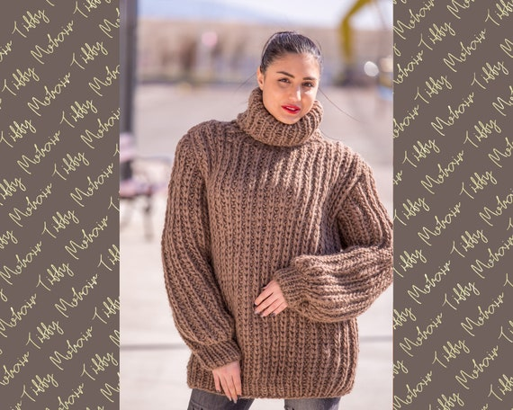 Wool Sweater, Hand Knit Pullover, Chunky Sweater, Turtleneck Sweater, Men Sweater, Oversized sweater, Woolen Sweater, Loose Sweater T507