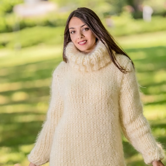 8 strands Thick Mohair Sweater, Turtleneck Sweater, Hand Knitted Sweater, Fluffy Sweater, Huge Oversized Sweater T330