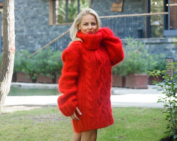 Ready to ship sweater in size 3XL, Red Cable knit Mohair Sweater, Turtleneck Thick Pullover, T neck Fluffy Pullover T843