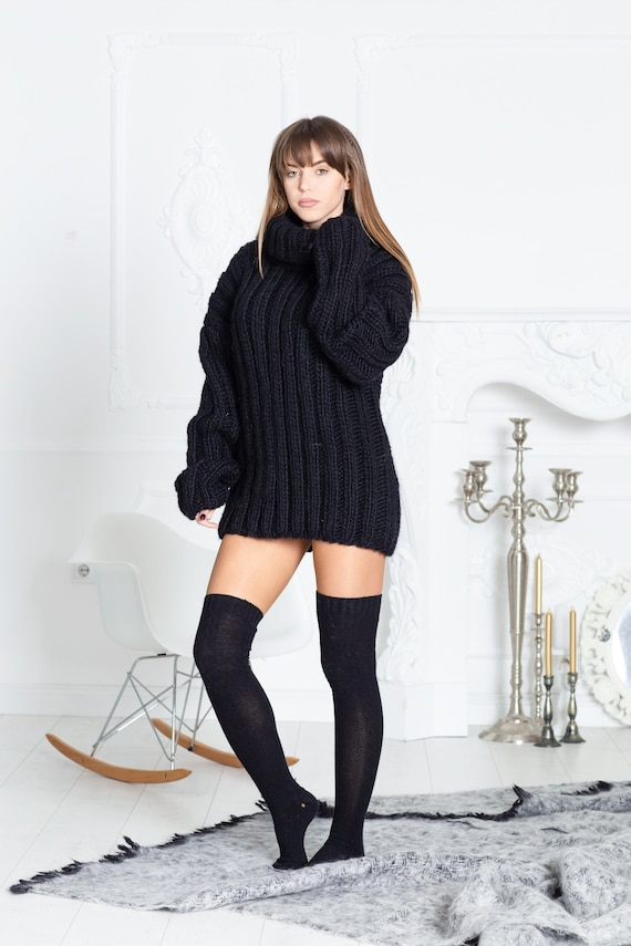 Ribbed Black Wool Sweater, Hand Knit Woolen Pullover T597
