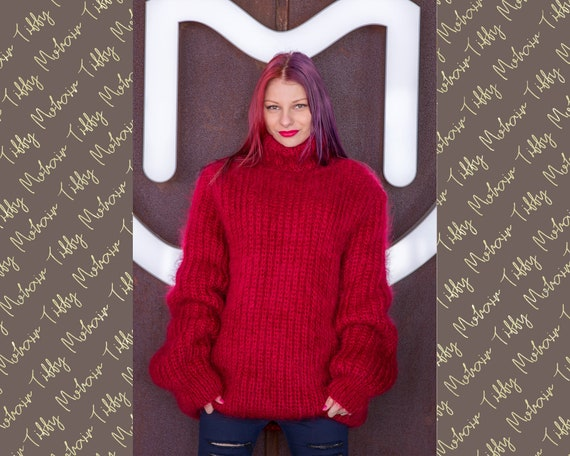 Thick Ribbed Fluffy Sweater Hand knitted in mohair T524