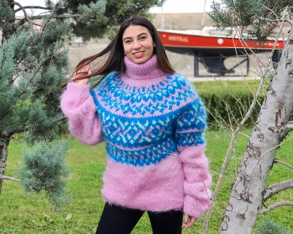 Pink T neck Icelandic Mohair sweater, Hand Knit Fluffy Sweater, Men Mohair Sweater, Norwegian Sweater, Soft Sweater, Nordic Sweater T917