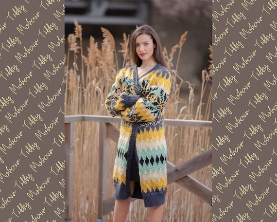 Ready to Ship 100% Wool Cardigan, Hand knit in pure wool Size   T439