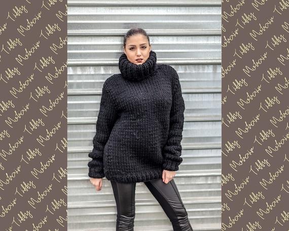 Black Wool Sweater  T434