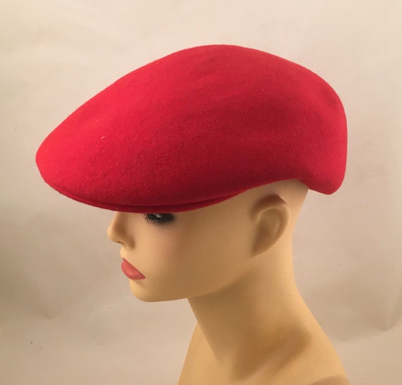Red wool beret / red hat / red cap / red wool cap